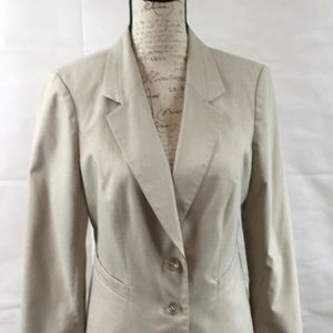 3 for 18 The Limited Beige 2 Button Fitted Blazer